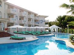 Sotovento Aparthotel pool