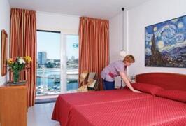 Portonova Apartments bedroom