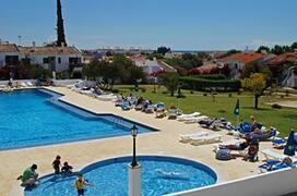 Property Photo: Pedras da Rainha Apartments pool