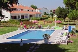 Property Photo: Vale de Carros Apartments pool