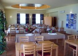 Property Photo: Cabanas Park Resort restaurant