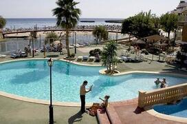 Playa Moreia Apartments pool