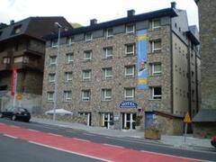 Property Photo: Vall Ski Hotel
