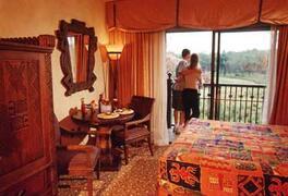 Disney Animal Kingdom Lodge bedroom