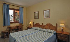 Tamaimo Tropical Apartments bedroom