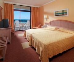 Iberostar Torviscas Playa bedroom