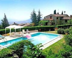 Property Photo: Cortona 6 bedroom villa pool