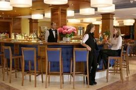 Marins Playa Apartments bar