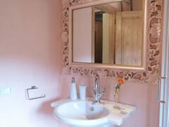 bathroom + wc common Andree/Gisele