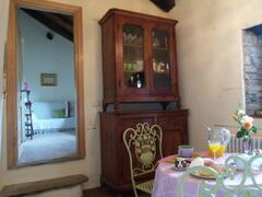 little room breakfast