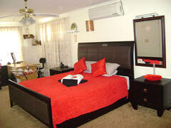 Property Photo: Honeymoon luxury en-suite with air-con, bidet, balcony (2nd view)