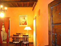 diningroom, with ancient wood cealings