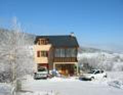 Property Photo: Chalet de Bonheur, winter