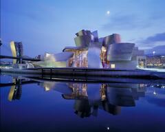 Guggenheim Bilbao, 1 hour by car