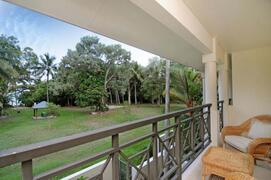 A wonderful view of the Coral Sea from your balcony
