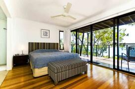 King Bed in Master Bedroom & Corner Spa with Balcony & Ocean View