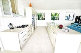 Large Kitchen With Family Quality Appliances