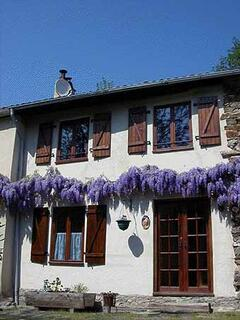 Property Photo: La Roche front