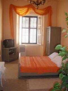 Property Photo: room
