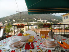 Property Photo: TERRACE BREAKFAST