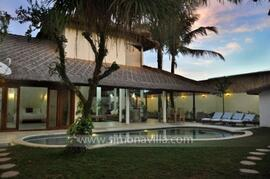 Property Photo: Exterior Villa
