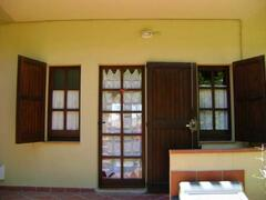 Property Photo: entrance