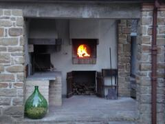 stone oven for pizza and barbecue