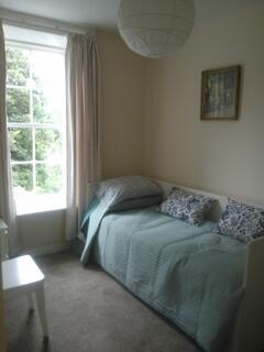 Bedroom 2 (twin)
