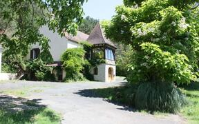 Property Photo: view of house