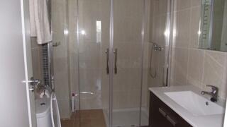 Shower Room 2nd Floor