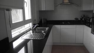 Modern High Gloss Kitchen on 1st Floor