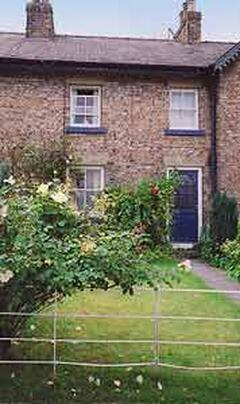 Property Photo: 2 Rose Cottages