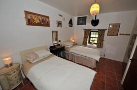 2nd Bedroom in the Barn Cottage.  En-suite Bathroom.