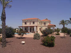 Property Photo: Villa Ty-Mawr near Ayia Thekla
