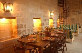 Sitting Dining Area