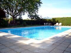 Shared Swimming-pool