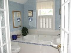 Delightful bathroom with spa tub