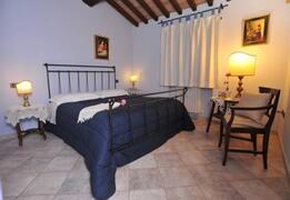 Guado apart: double bedroom