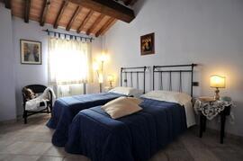 Guado apart:twin  bedroom