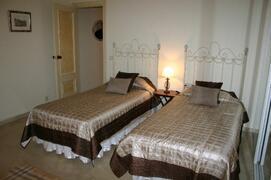 Luxurious guest bedroom