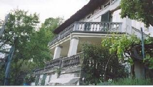 villa terraces