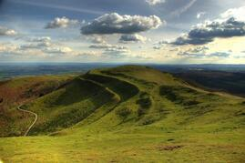 Fabulous view of the Herefordshire Beacon, one of the Malvern Hills. This can be seen from the yurts.